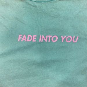 3/$15 Fade into you graphic tee